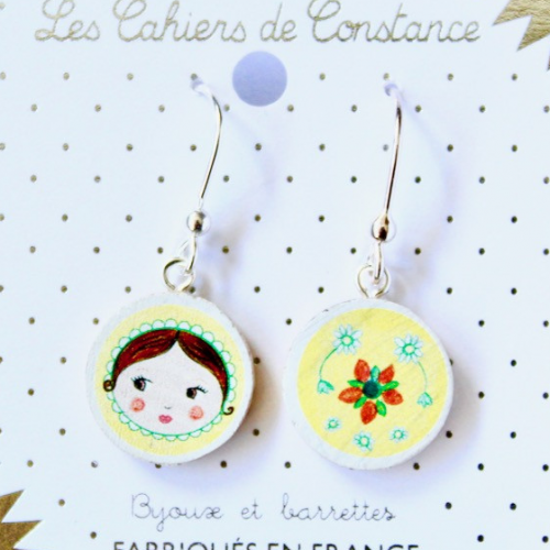 Grandes boucles pendantes Matriochka jaune origine France