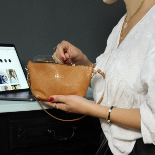 Pochette Camille / Cuir camel grainé made in France